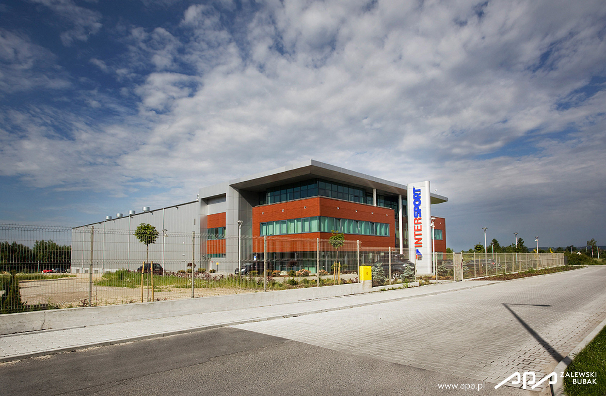 Industrial building design intersport warehouse and for Warehouse building design