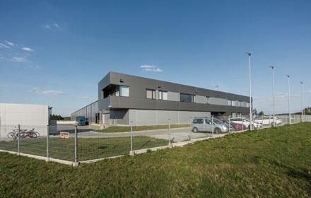 Projekt hali produkcyjnej z biurowcem TPMS